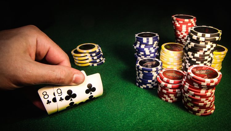 Playing Online Poker In Indonesia