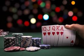 Three benefits That You Can Get When You Start Playing In Poker Sites
