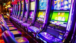 How the casino is played on the online slot machine?